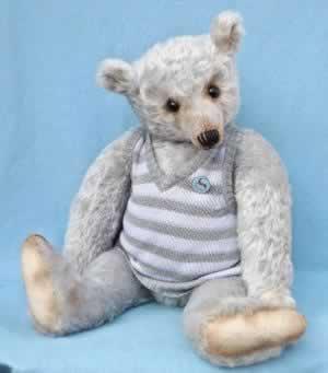 Sebastian Shortridge by Barricane Bears -adopted