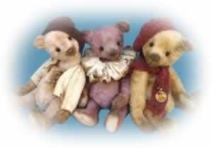 Brimbin Forest Bears by Linda Clapham