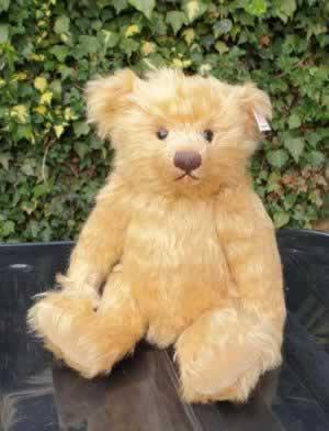 Celebration Teddy Bear 2005 by Steiff